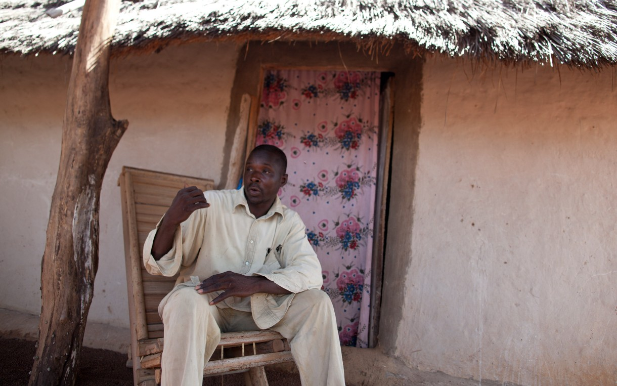 Baba Gaye Sylla outside his home in Kerewane, Senegal. Photo by Holly Pickett/Oxfam America.