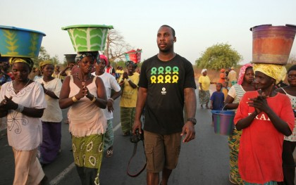Anquan Boldin visited an Oxfam project in Senegal in 2013. Photo: Audra Melton/Oxfam America