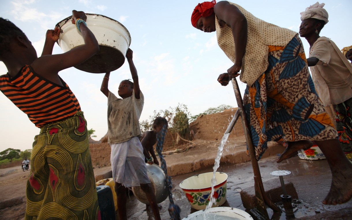 Six ways to fix up a well and get clean water   Oxfam