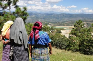 Indigenous women looking at a tailings storage area at the Marlin Mine.  The Guatemalan government has been called upon to suspend mining operations, but has ignored the Inter-American Commission on Human Rights ruling. Photo by Chris Hufstader/Oxfam America.