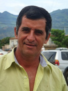 Jose Ordóňez in Honduras has benefited from road improvements that were funded by the MCC Compact. He can now get his fruit to the market quicker and increase his earnings. Photo by Millennium Challenge Corporation