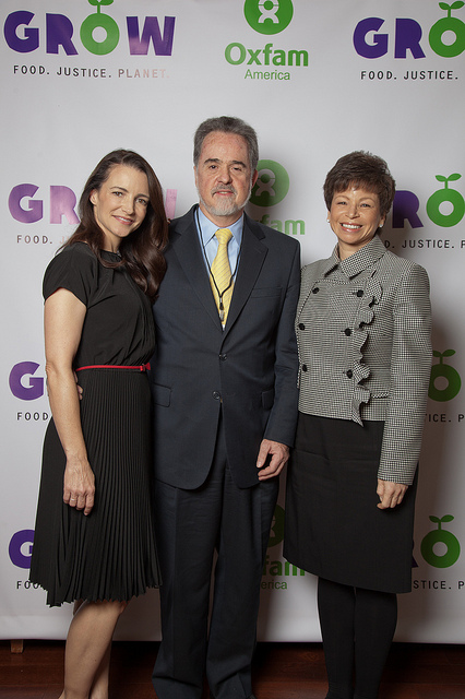 Actor Kristin Davis, Oxfam America President Ray Offenheiser, and Valerie Jarrett. Photo: Shiloh Strong/ Oxfam