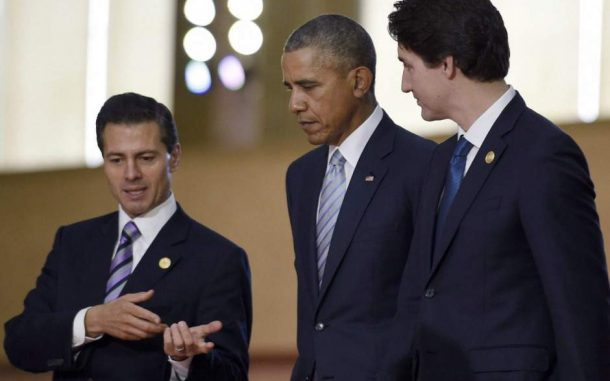 """US President Barack Obama with Mexico's President Enrique Pena Nieto (left), and Prime Minister Justin Trudeau (right), at the Asia-Pacific Economic Cooperation summit in Manila, Philippines, on Nov. 19, 2015.  They met again this week at the """"Three Amigos"""" Summit in Ottawa, Canada.(Photo: Susan Walsh / Associated Press)"""