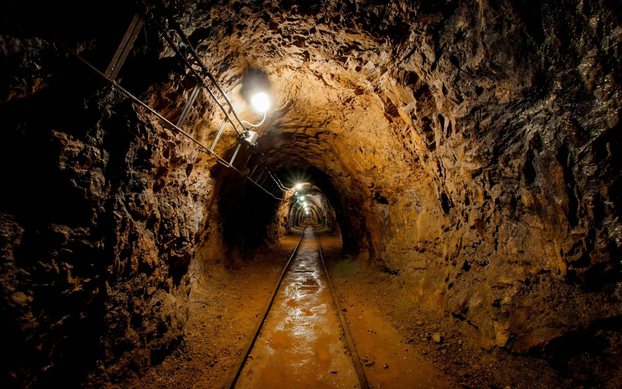 Sunshine rule set to shine light on oil & mining in Uganda   Oxfam ...
