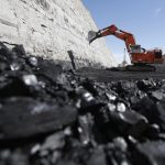 Coal being excavated at the Jim Bridger Mine outside Point of the Rocks, Wyoming, (Photo: Reuters / Jim Urquhart)