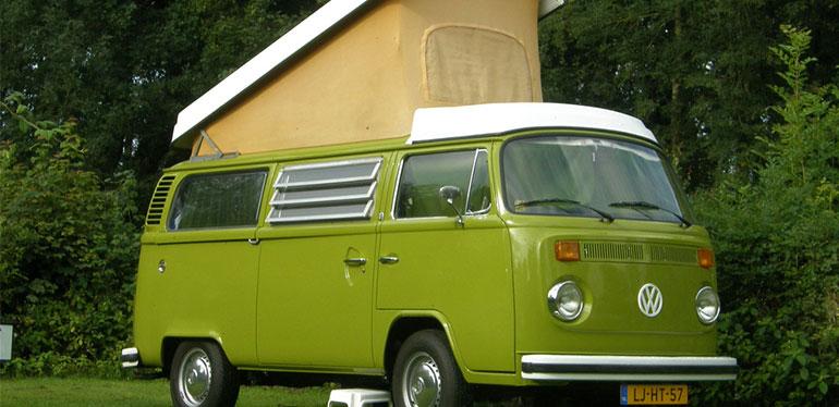 T2 Westfalia Camper, camioneta antigua de Volkswagen