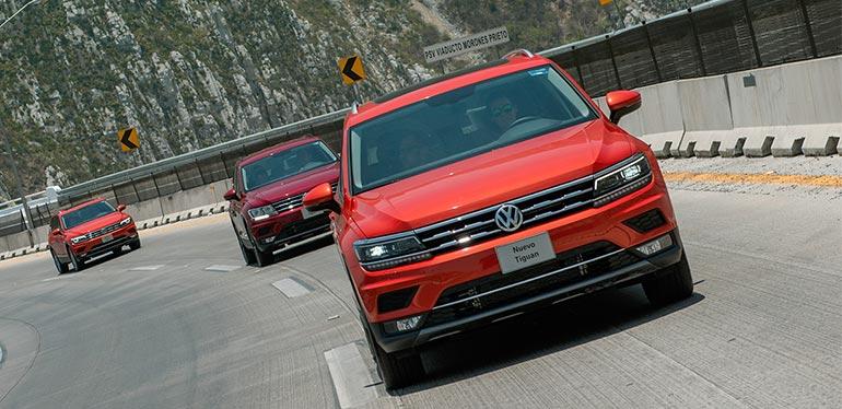 Camioneta Tiguan de Volkswagen en color rojo