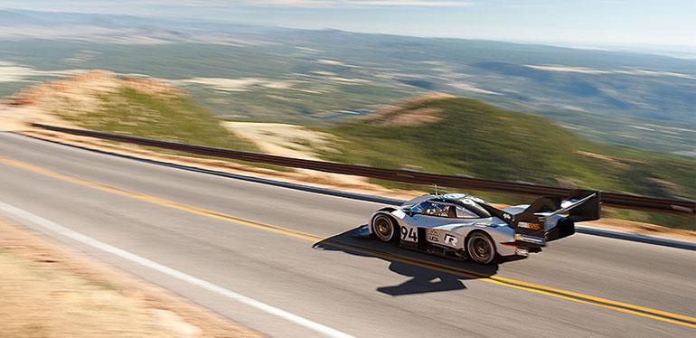 Auto eléctrico de carreras I.D. R Pikes Peak