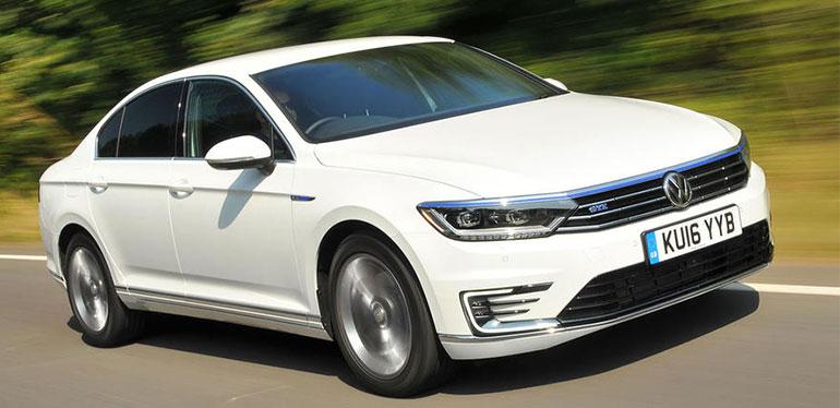 Golf GTE auto híbrido de Volkswagen color blanco
