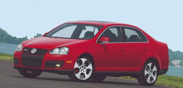 Jetta GLI de Volkswagen modelo 2006 en color rojo