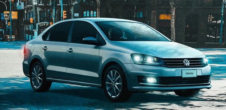 Vento de Volkswagen, el auto sedán que por su espacio y seguridad es perfecto para viajar