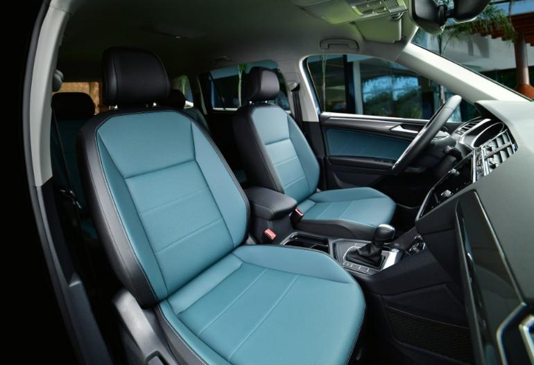Asientos en bitono dentro del interior de Tiguan Edición Limitada 2020, SUV segura de Volkswagen