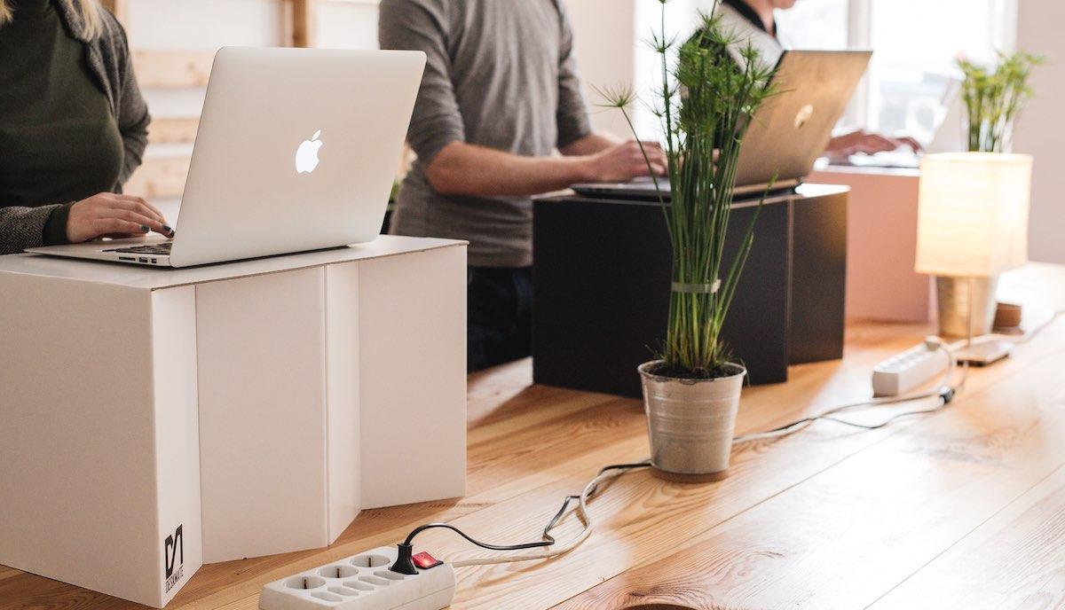 pop up standing desk for freelancers using laptops