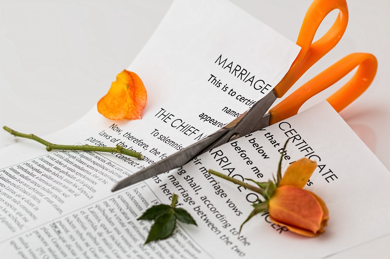 How to find clients as a real estate agent - Divorce leads