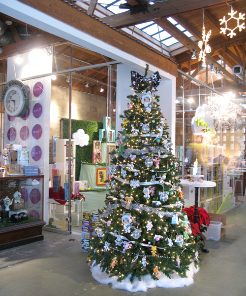 Culver City Christmas Tree: Happy Holidays From Tokidoki And Royal-T