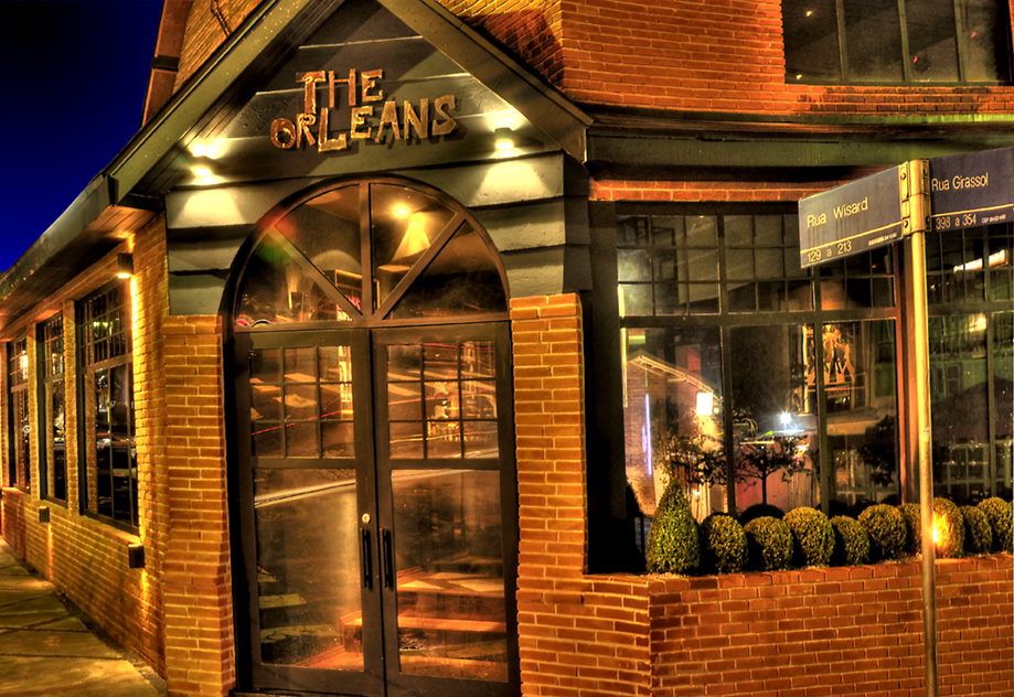 Muito jazz e gastronomia no the orleans for Fachadas bares rusticos