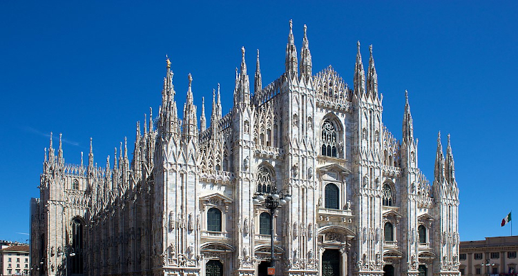Andrea Bocelli to Perform on Easter from an Empty Italian Cathedral