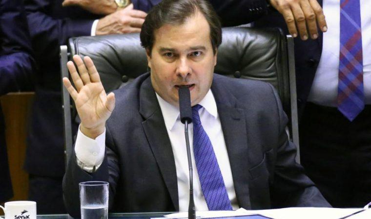"""Maioria da bancada do Paraná vota a favor do """"cadastro positivo""""; veja lista"""