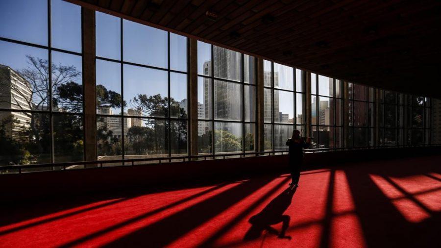 Teatro Guaíra: novos e amargos tempos