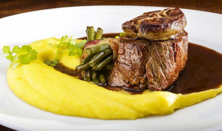 Restaurante Vindouro lança novos pratos no cardápio, com clássicos da cozinha internacional