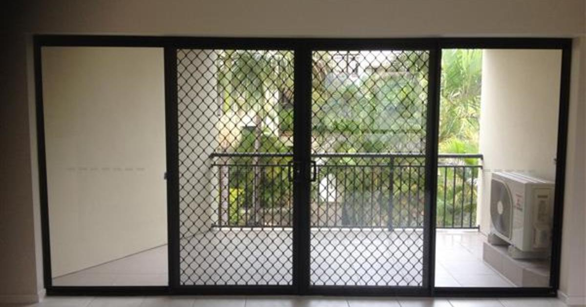 Professional Sliding Glass Door Repairs Company In Brisbane River
