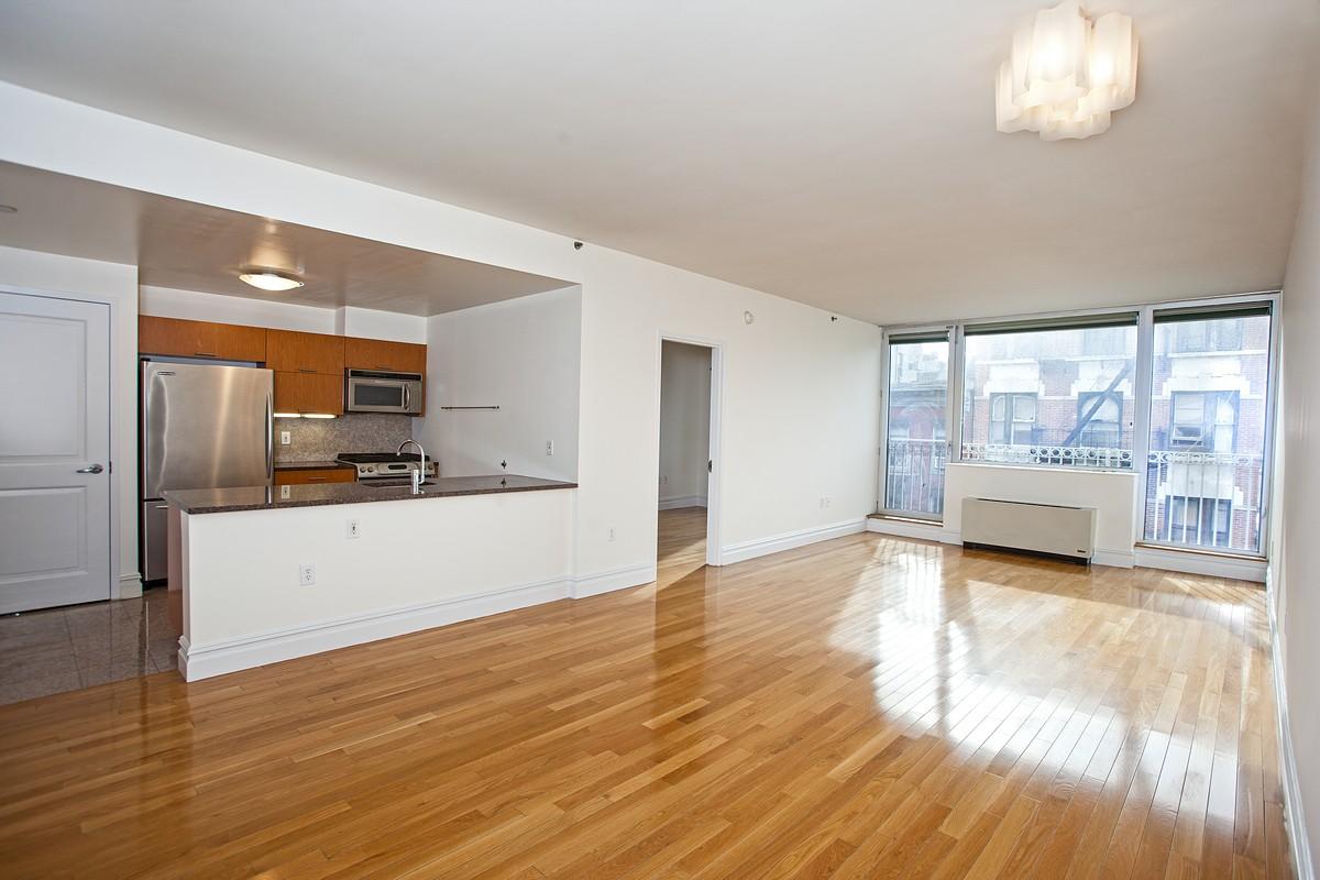 158hesterst 5g livingroom1