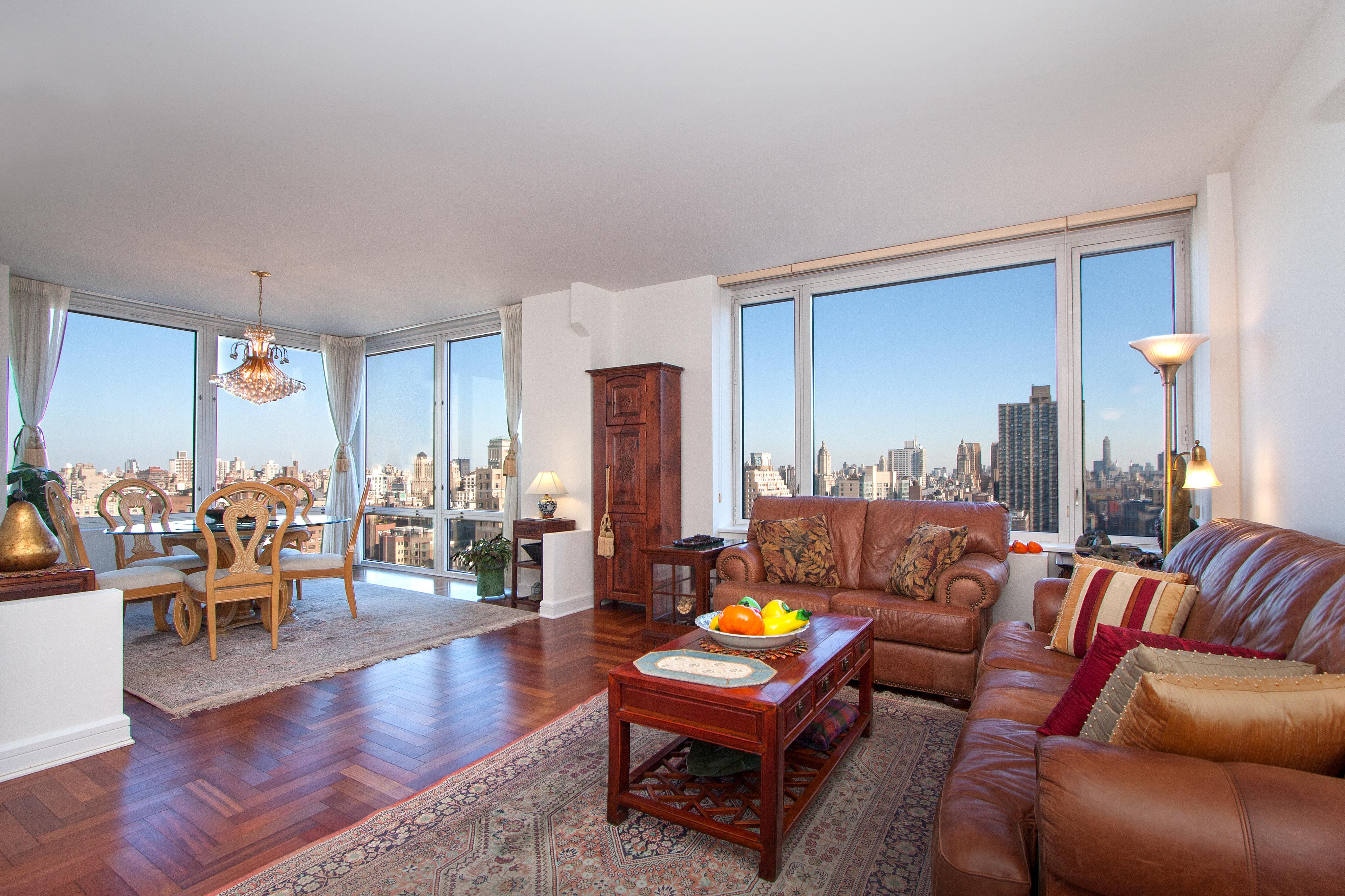 220rsb 27c livingroom 02