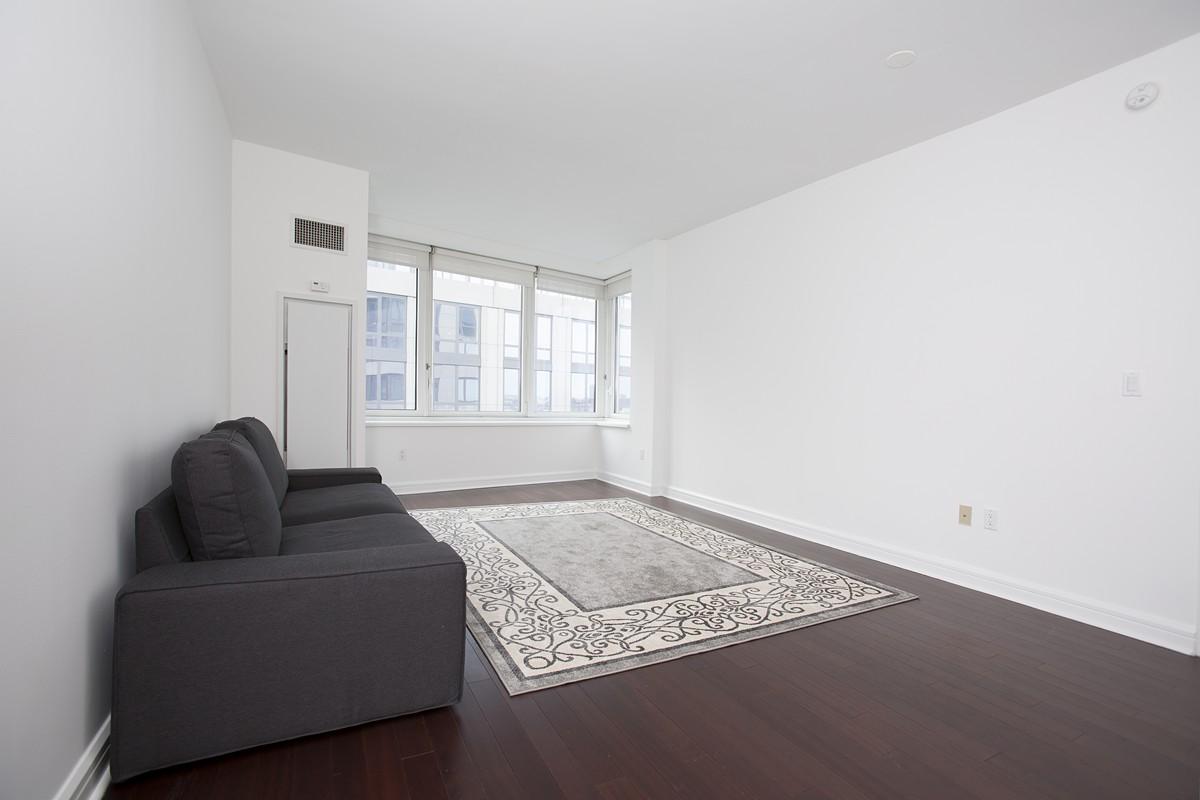 80rsb 14n livingroom