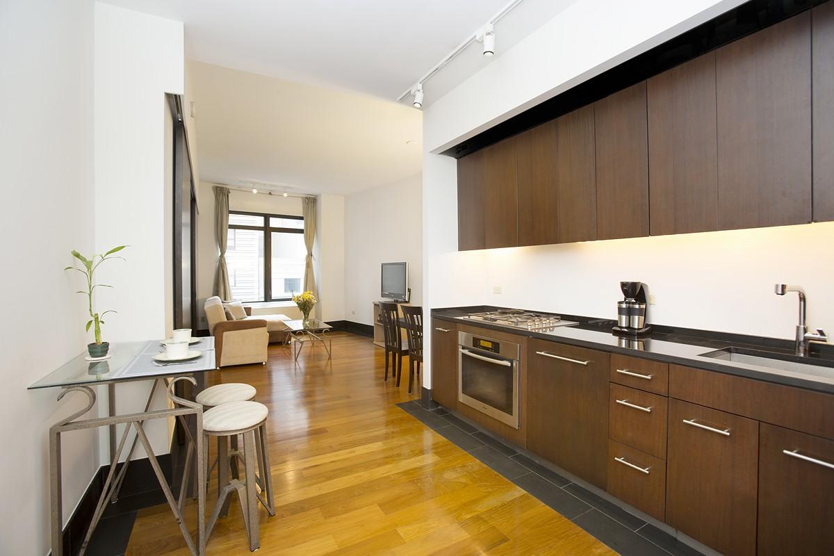 40broadstreet 12e livingroom kitchen re