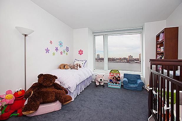 240rsb 10c secondbedroom web