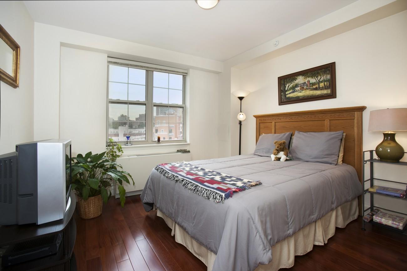 163 st nicholas 7b bedroom1