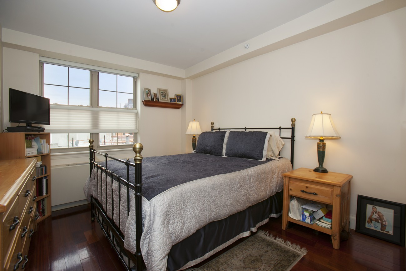 163 st nicholas 7b bedroom2
