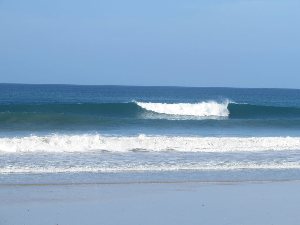 Crisp Waves in Santa Teresa