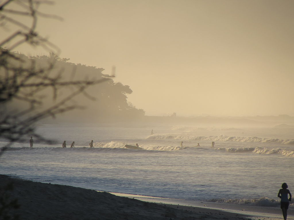Relaxed Surf in Costa Rica