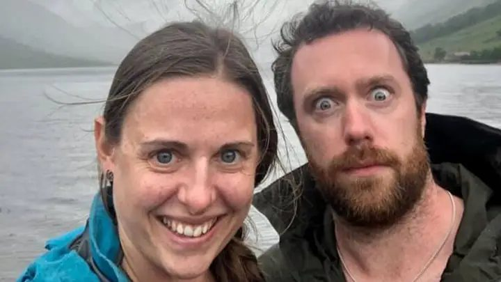 Scary Selfie Reveals Couple's Lucky Escape From Death…