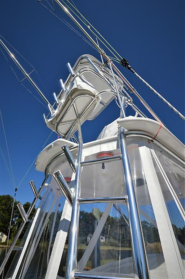 2001 Custom Rambo Fisharound Express Tower - 34 CUSTOM / RAMBO For Sale