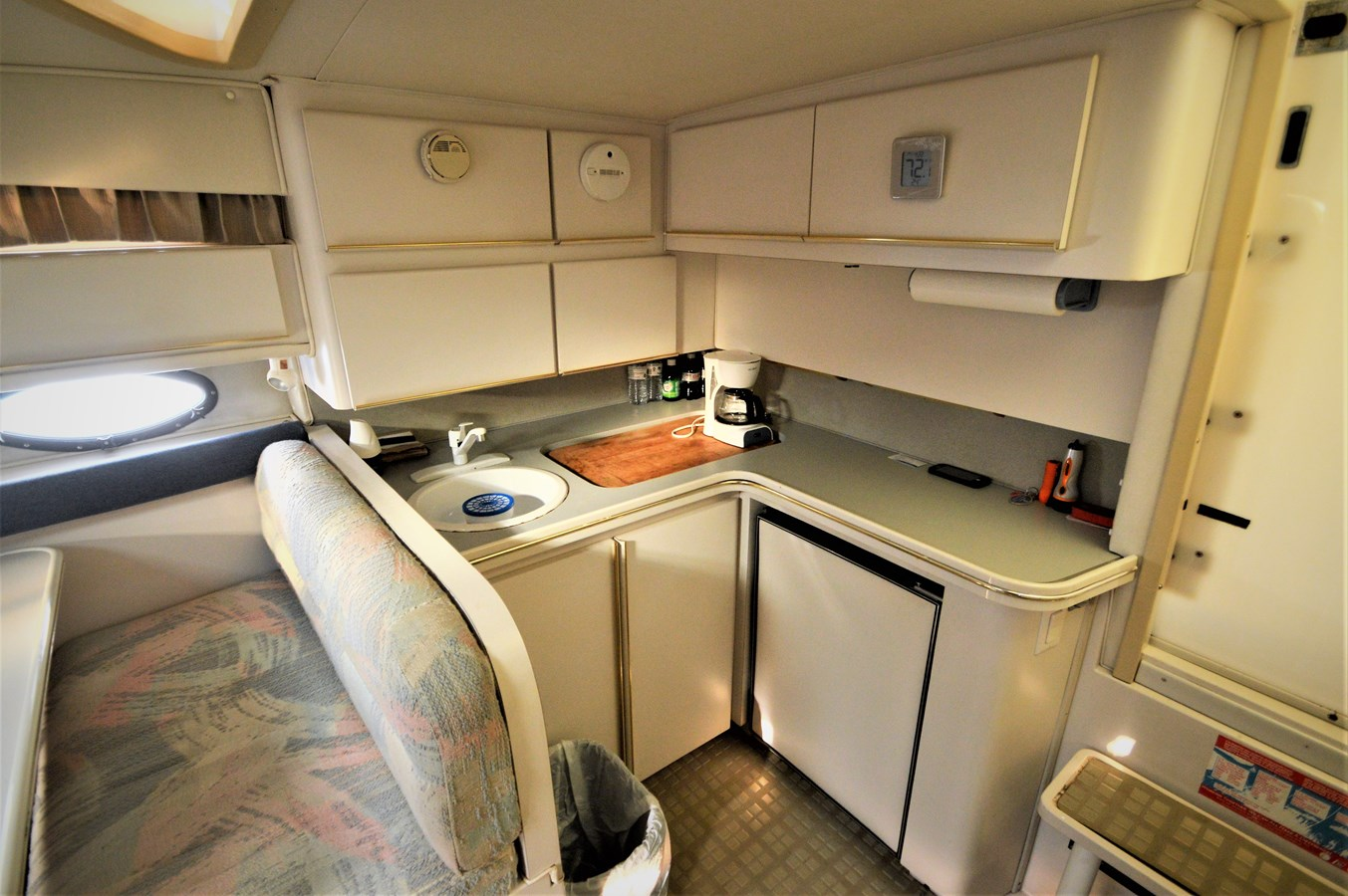 Galley - 32 WELLCRAFT For Sale