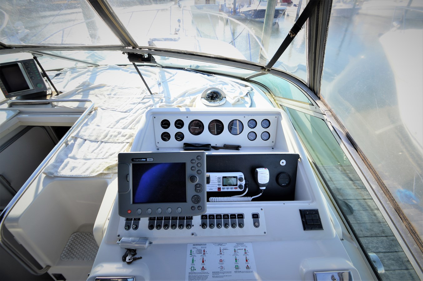 Electronics - 32 WELLCRAFT For Sale