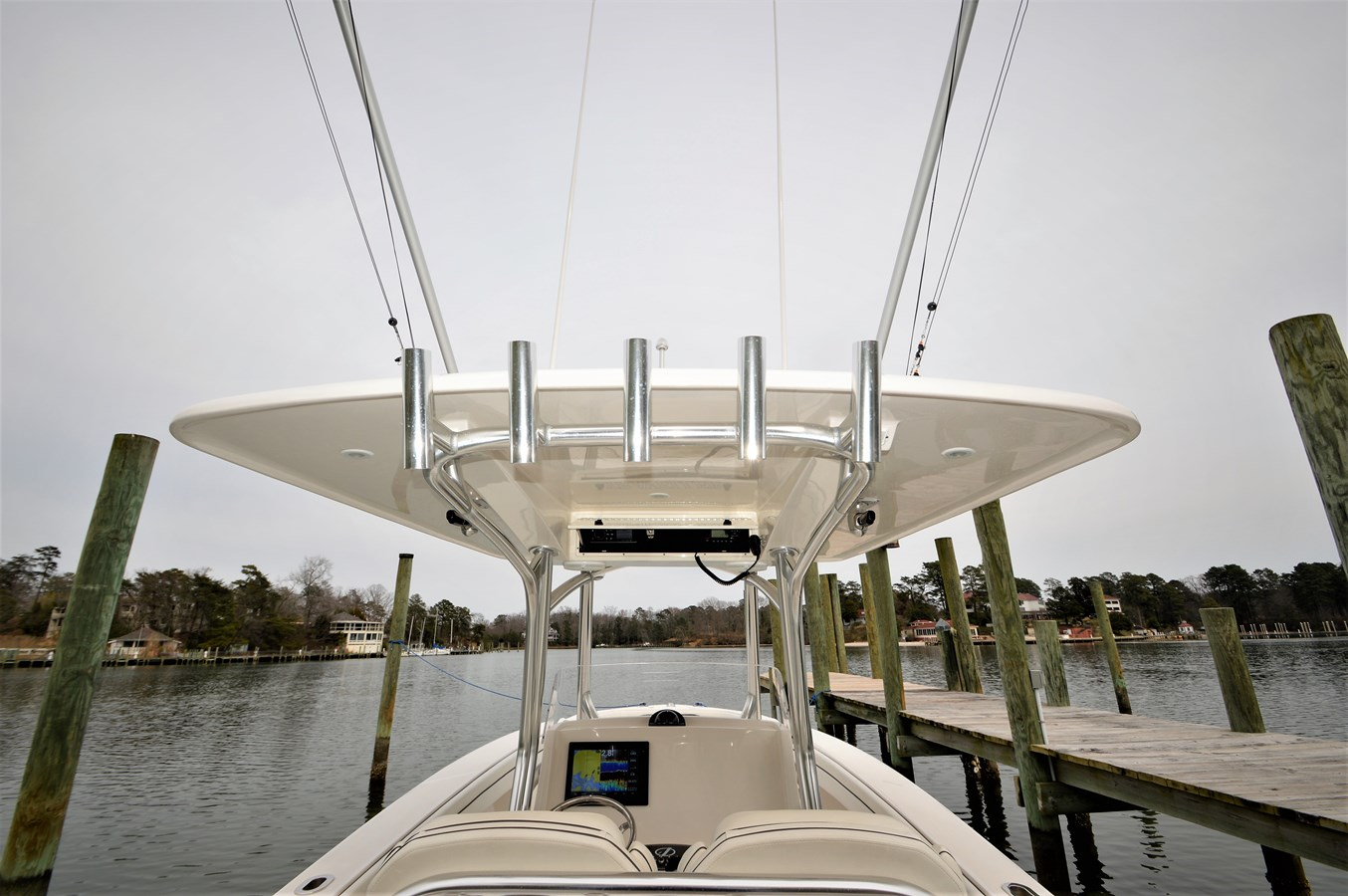 Looking Fwd/Rod Holders - 30 JUPITER For Sale