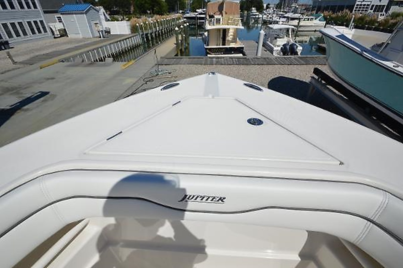 Bow - 30 JUPITER For Sale