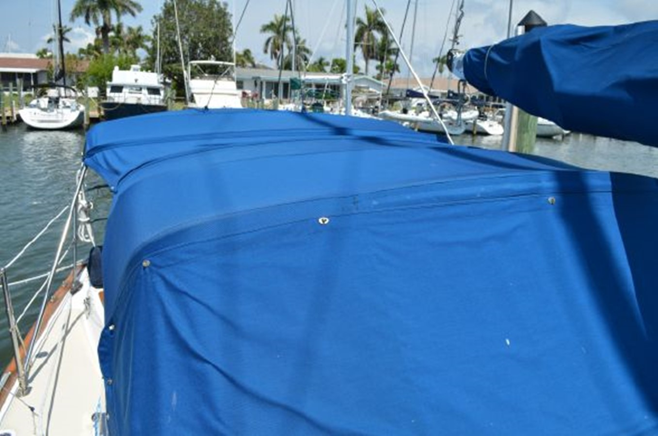 Tartan 4100 1997 For Sale In Ft Myers Florida | Bluewater