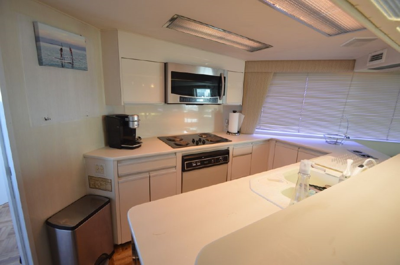Galley - 54 HATTERAS For Sale