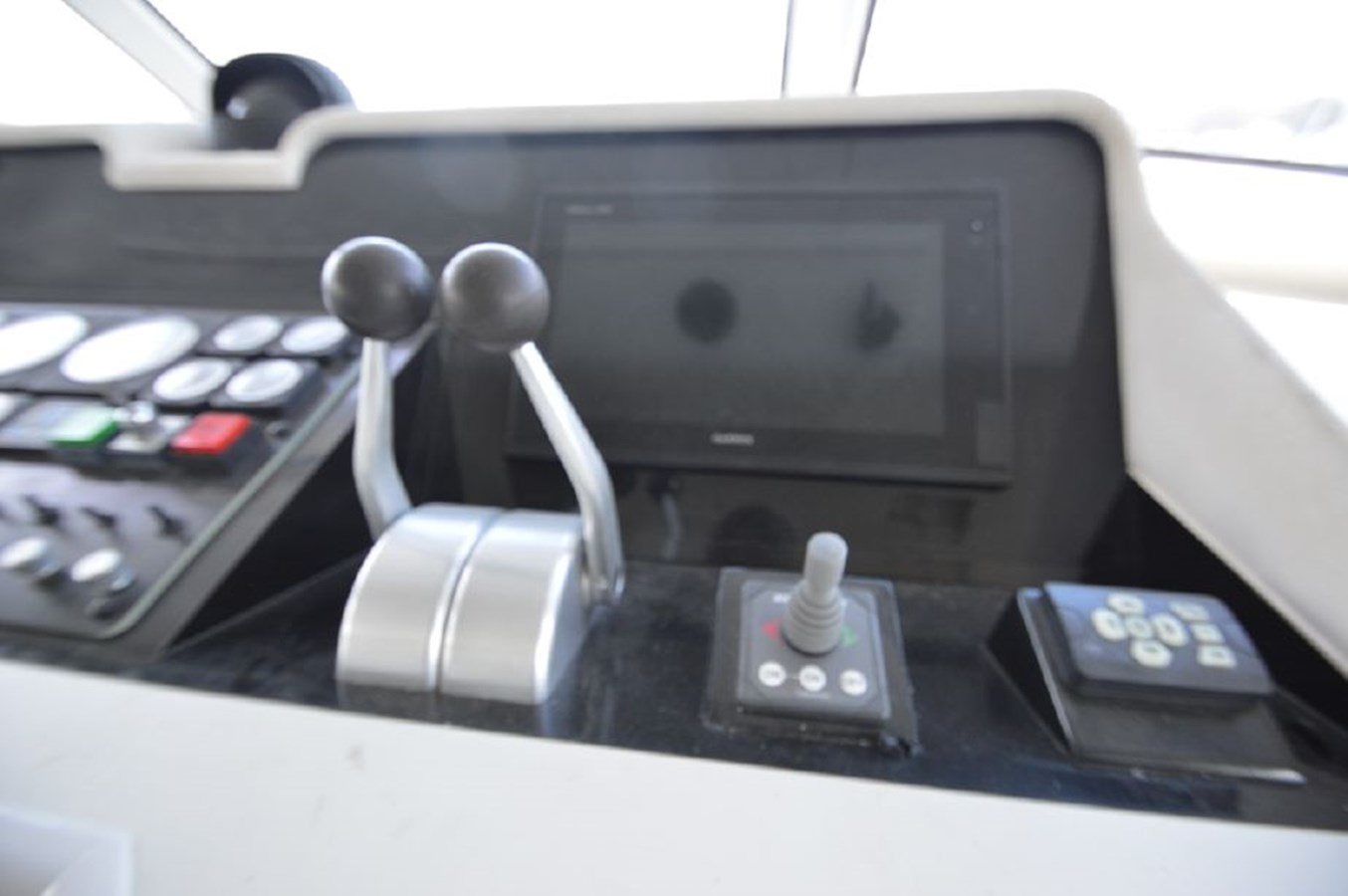 Helm Controls - 54 HATTERAS For Sale