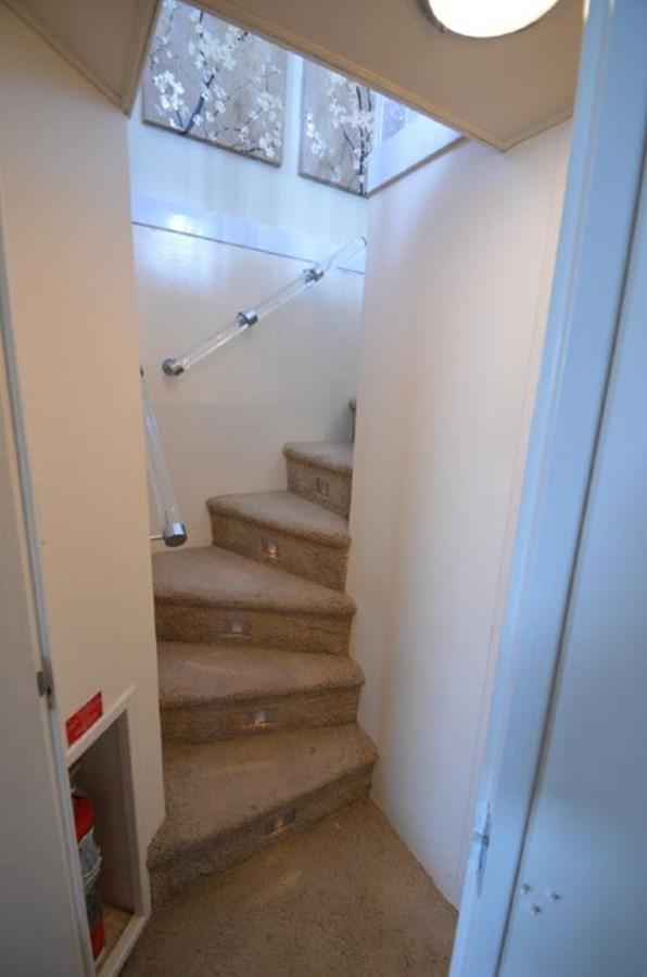 Stairwell - 54 HATTERAS For Sale