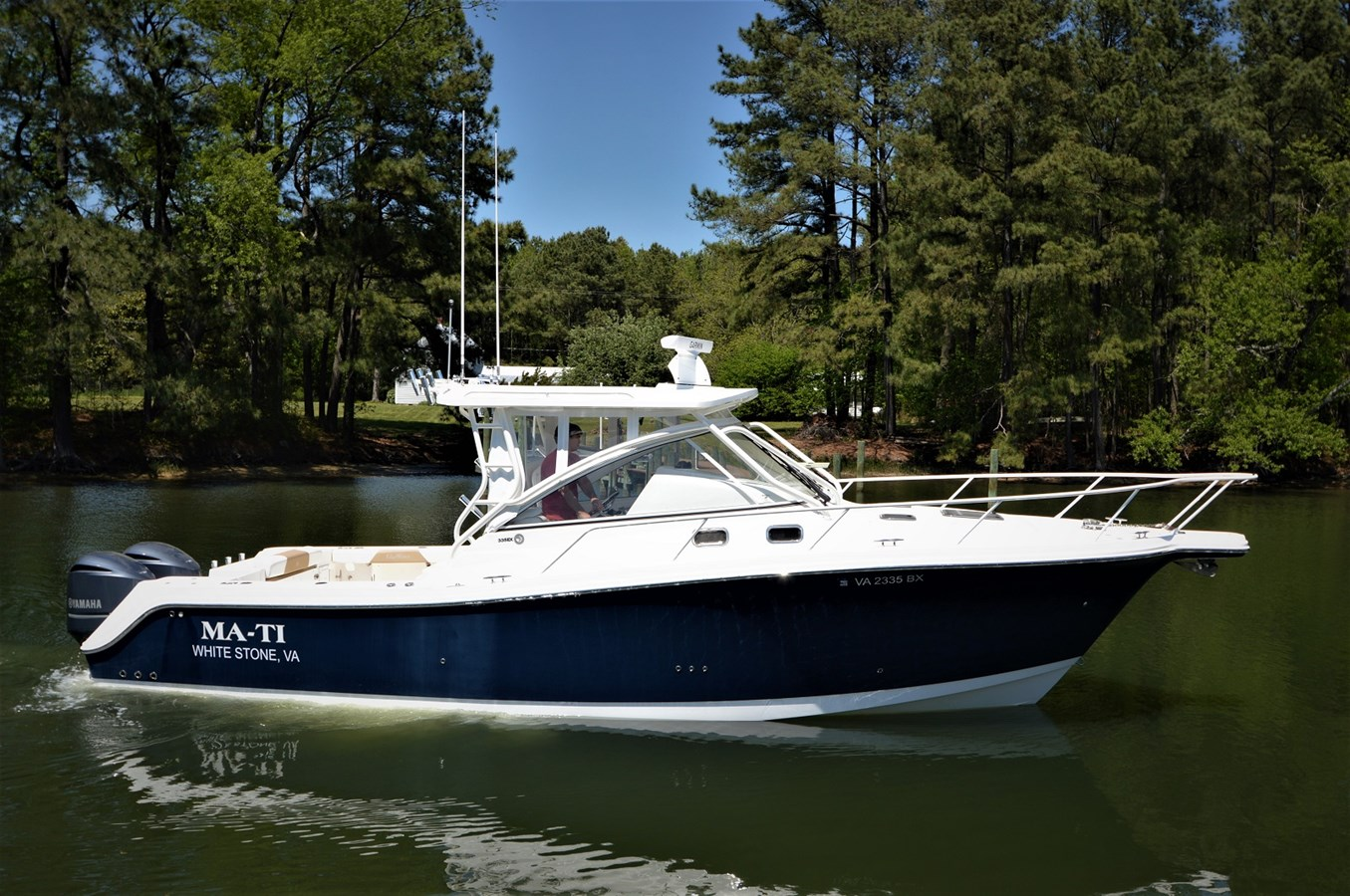2014 335EX Express Edgewater - 33 EDGEWATER For Sale
