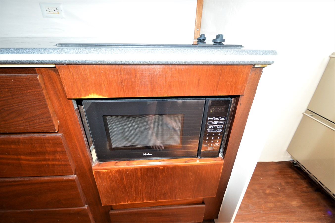 Microwave - 45 HATTERAS For Sale