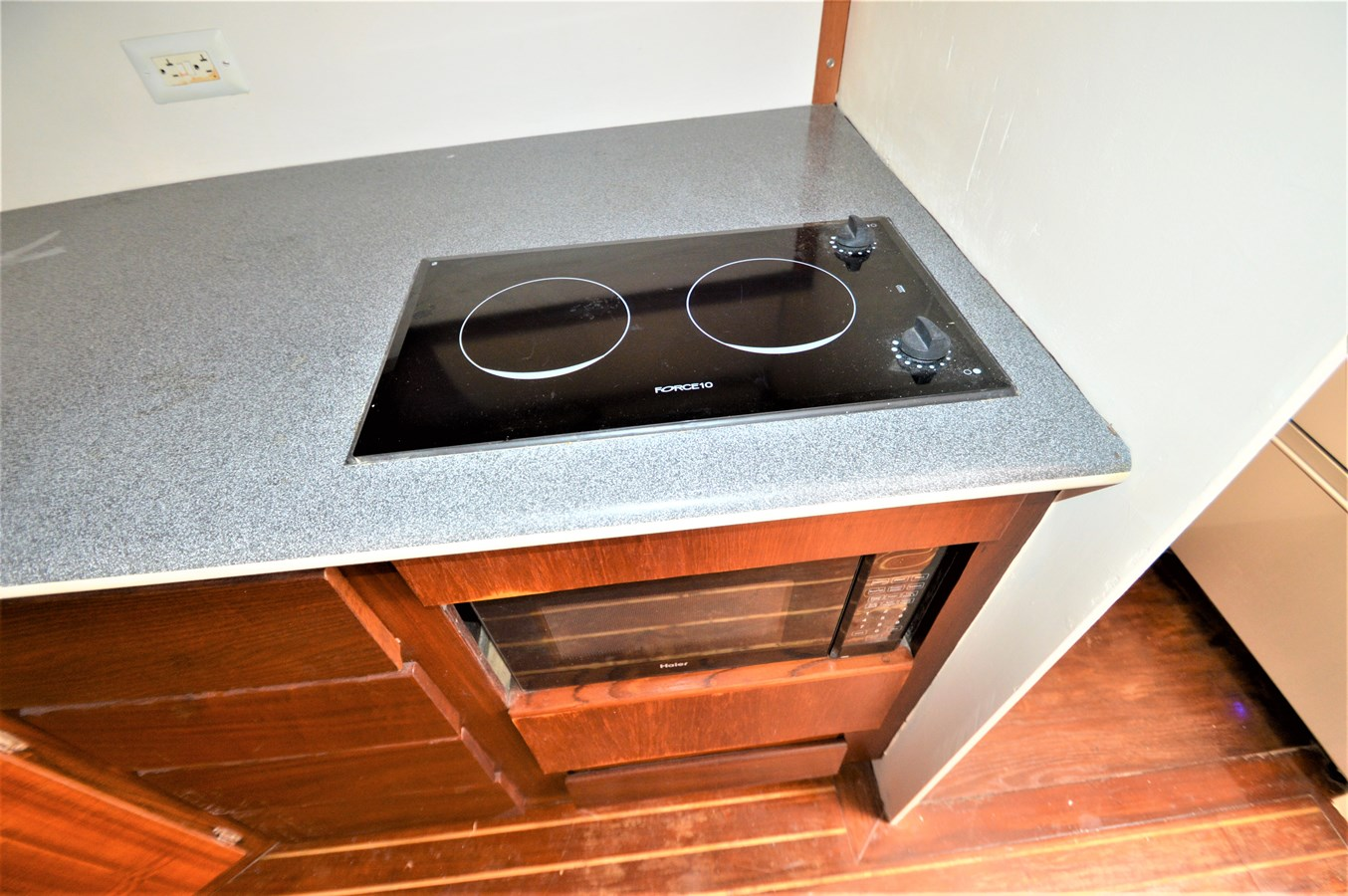 Stovetop - 45 HATTERAS For Sale