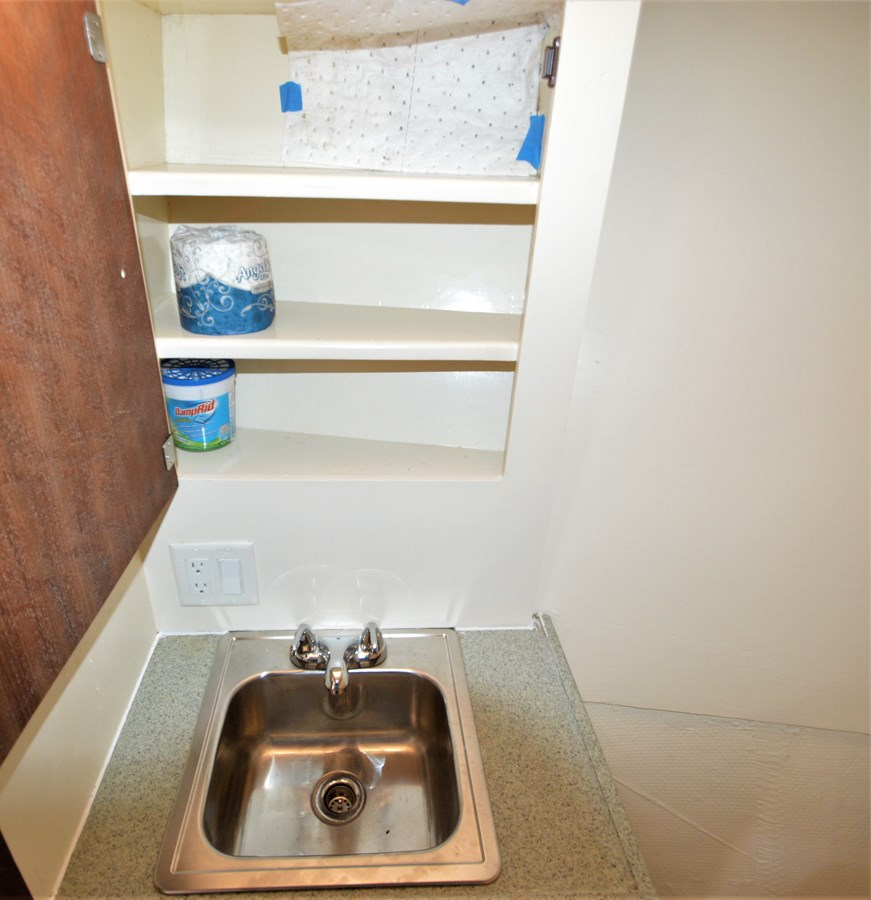 Sink/Storage - 45 HATTERAS For Sale