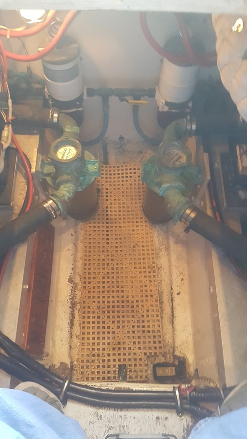 RawWaterStrainers Water-Fuel Separators - 34 HATTERAS For Sale