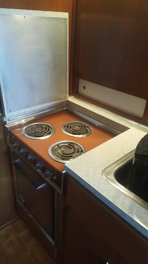 Stove(top up) - 34 HATTERAS For Sale